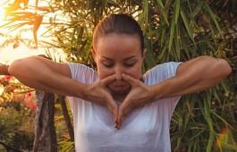 Йога для нервной системы — как начать жизнь без стрессов