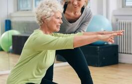 Йога для женщин после 50: продляем молодость, возвращаем здоровье