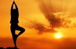 Сурья Намаскар — мантра солнцу, ее значение, аудио и видео