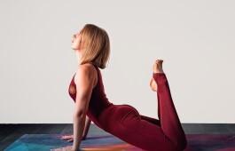 Флоу йога: польза и особенности практики