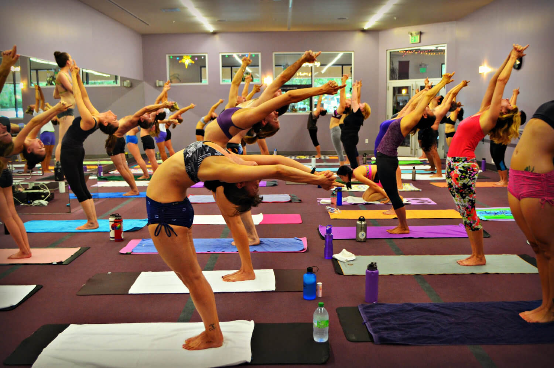 Упражнение Бикрам йоги