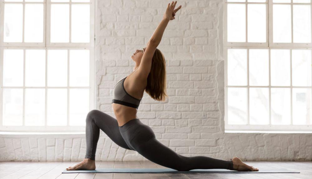 Упражнения Сурья Намаскар