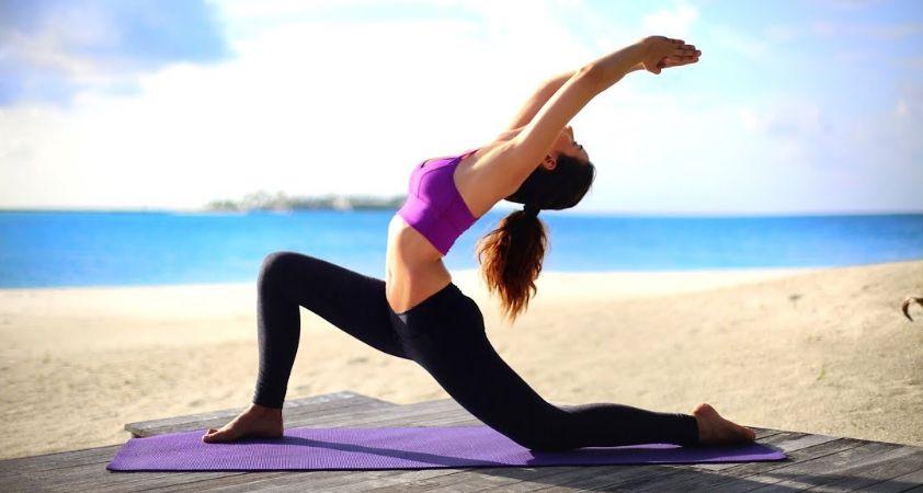 йога сурья намаскара