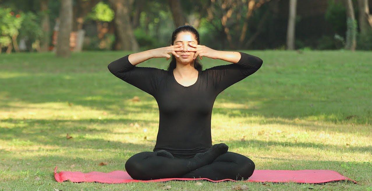 Какие зрительные заболевания лечит йога