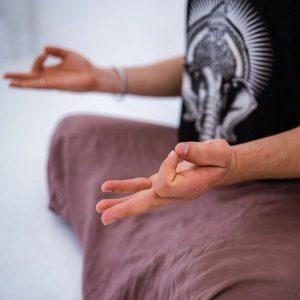 Мудры в кундалини-йоге