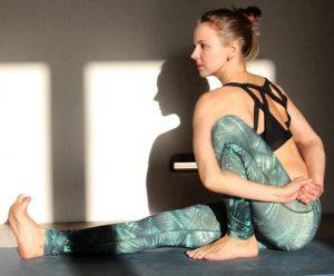 Йога во время месячных